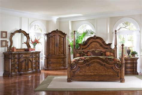Sets On Master Bedroom Set Queen King Canopy Bed Furniture For Bedroom design   glubdubs