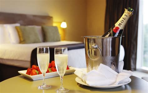 hotel staff confess  dirty secrets