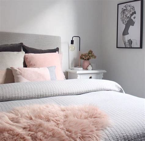 fresh light pink and grey bedroom with pink gr 6203
