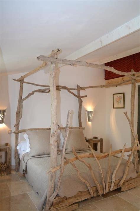 chambre bois flotté chambre d 39 hôtes le cabanon de camille à saintes maries de