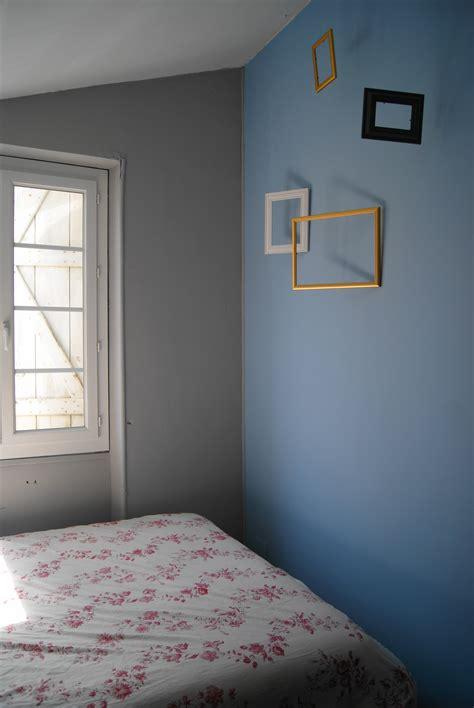 moisissure chambre bébé emejing chambre bleu marine et blanche pictures design