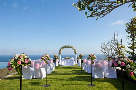 selecting  perfect venue guide  wedmeprettycom
