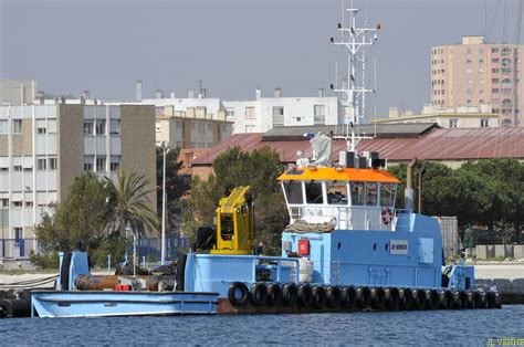 jifmar signe deux contrats avec total 224 mayotte et port la nouvelle mer et marine