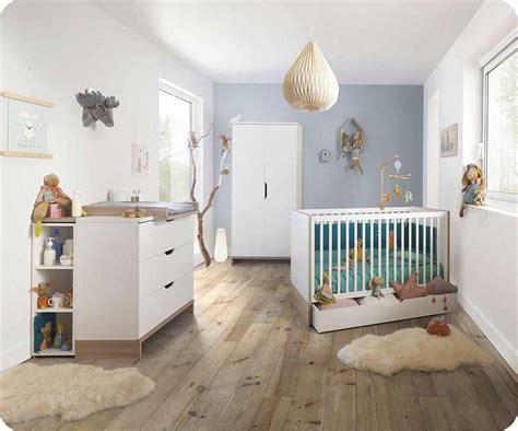 chambres bebe chambre bébé complète plume blanche et bois