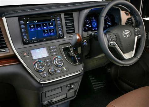 toyota sienna interior features automotive car news