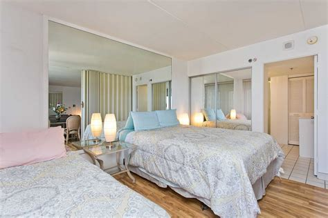 daily rental ilikai apartment hotel studio  ocean