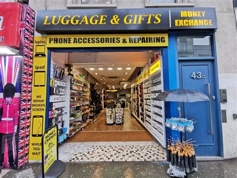 The partnership sees coincorner become the first bitcoin exchange in the uk to offer this service. Bitcoin ATM in London, UK - Luggage & Gifts