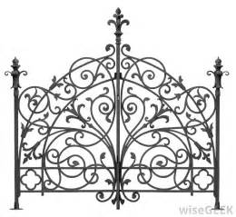 what is wrought iron furniture with pictures