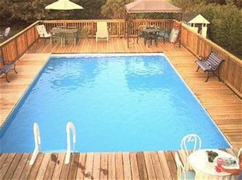 Splash Super Pools - ACCENT-DECKS