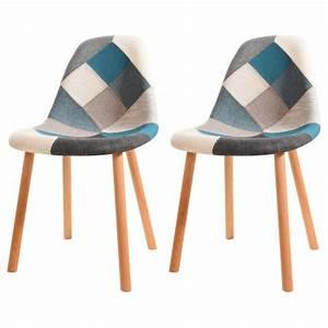 Chaise Bleu Scandinave : chaises bleues ~ Teatrodelosmanantiales.com Idées de Décoration