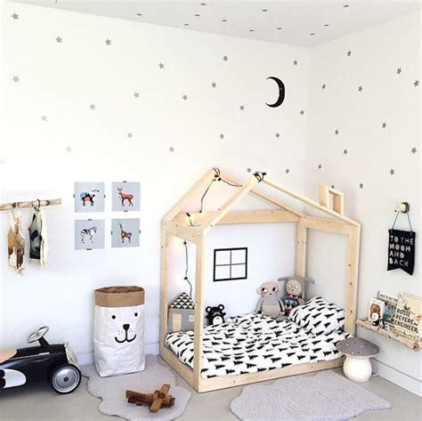 chambre nordique chambre enfant look noir blanc deco scandinave nordique