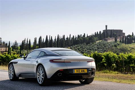 2017 Aston Martin Db11 Reviews And Rating Motor Trend