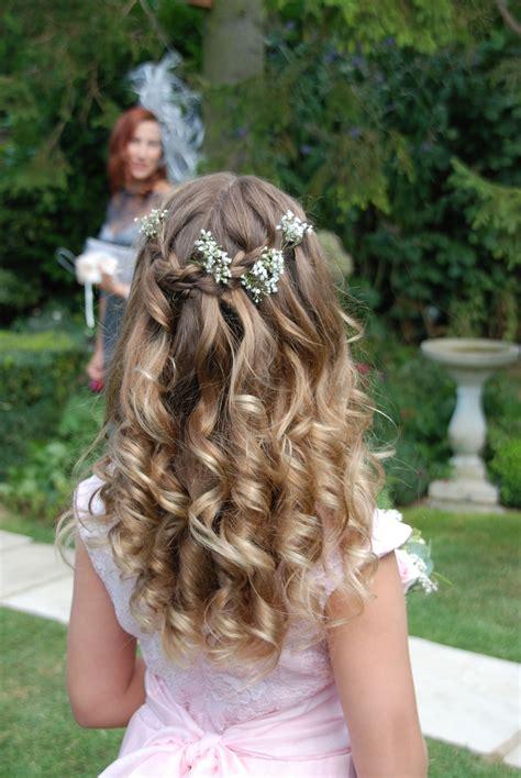 pretty waterfall braid for little bridesmaid or flower