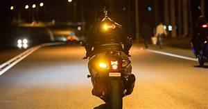 Feu Stop Moto : clic light moto securtie feu stop domo ~ Melissatoandfro.com Idées de Décoration
