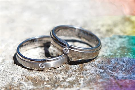 engagement rings and same sex weddings