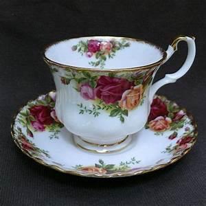 Vaisselle En Porcelaine : tasse en porcelaine anglaise royal albert ~ Teatrodelosmanantiales.com Idées de Décoration