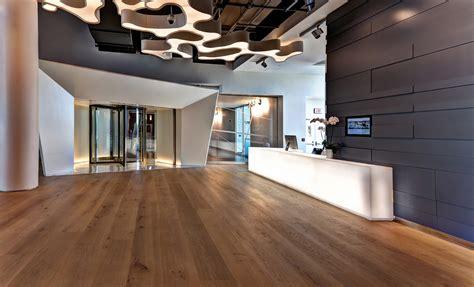 Kitchen Island Centerpiece Ideas - beautiful wood flooring