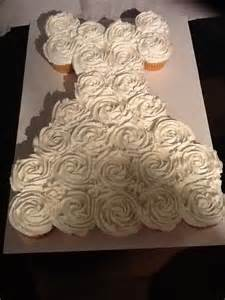 cupcake wedding dress and other projects bridal shower pull apart cupcake cake tutorial