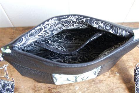 gerbera mini crossbody bag  sewing pattern