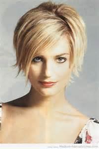 Medium Short Hairstyles for Women Over 40