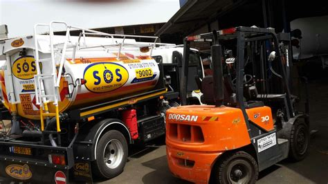 forklift  lifting platform refueling sossos