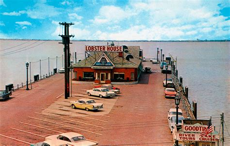 Dinner Boat Ride Cleveland Ohio by Captain Frank S Seafood House On E 9th St Pier In