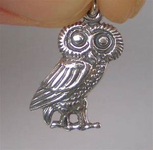 Owl Of Wisdom Small Silver Pendant - High Quality Item ...