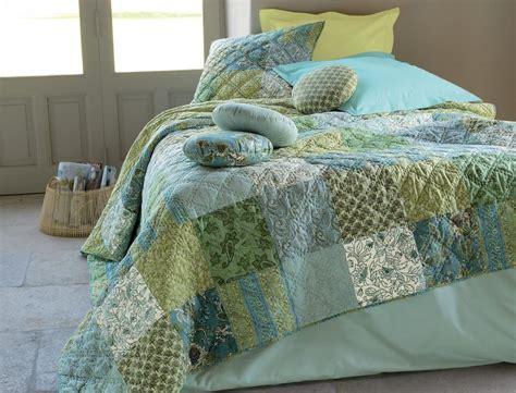 Tagesdecken & Bettüberwürfe Wasserblumen Linvosges