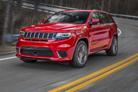 trackhawk jeep srt 2018 jeep grand cherokee trackhawk wallpapers hd
