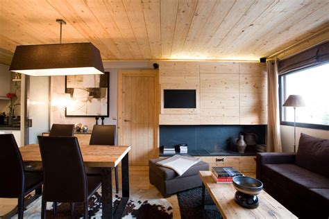small apartment  natural wood elements idesignarch