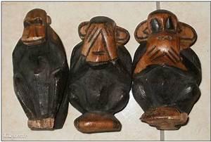 Statue Singe De La Sagesse : 3 statuettes en bois 3 singes de la sagesse ~ Teatrodelosmanantiales.com Idées de Décoration