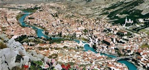 ottoman for mostar excursion bol brac taxi supetar split zlatni rat