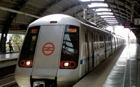 metro phone number delhi metro help line contact number customer care