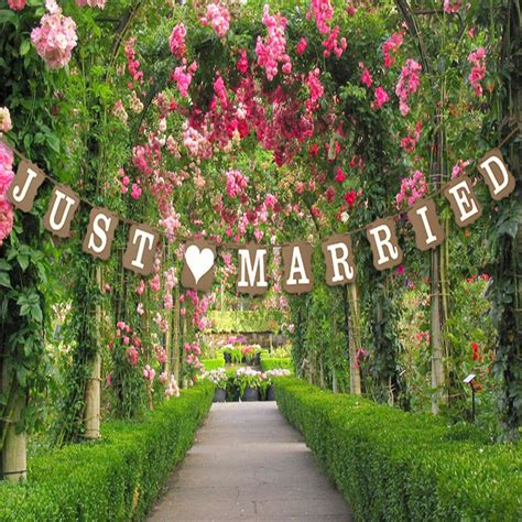 new vintage photo booth just married bunting banner