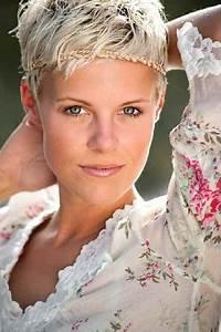 Kurze Haare Bei Frauen : sehr kurze haare frauen bilder ~ Frokenaadalensverden.com Haus und Dekorationen