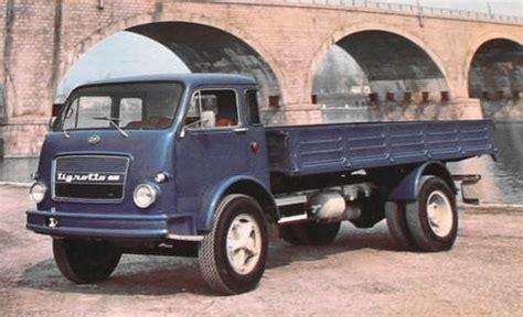 auto e moto d epoca autocarro om tigrotto