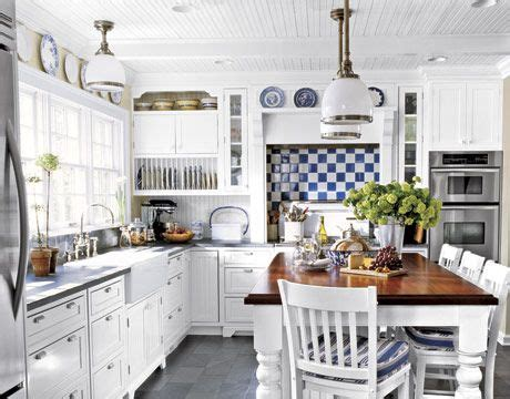 ways  add color   kitchen kitchens plate racks  white plates
