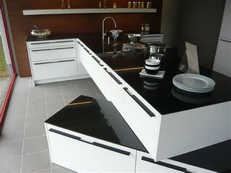 Küchen Mit Granitplatten by T K 252 Che Siematic Hochschrankzeile Granitplatten Miele