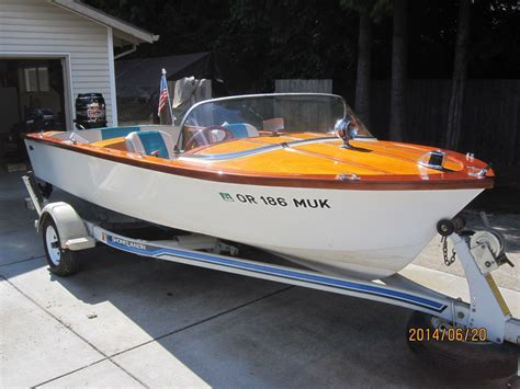 Outboard Runabout Boat Plans by 1960 Carver Runabout 1 Boats Boating