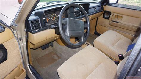 volvo  video brick interior review gl dl car