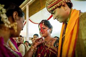 candid wedding photography beautiful bhopal brides With highest paid wedding photographers