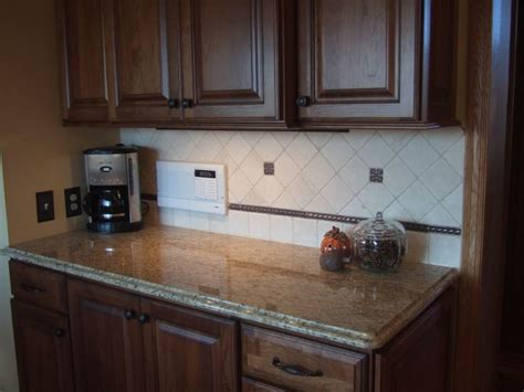 Venetian Gold Backsplash : 9 Best Images About New Venetian Gold On Red Wood On