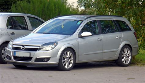 2014 Opel Astra H Caravan Pictures Information And