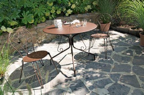 le mobilier de jardin en fer forg 233 entretenez et embellissez votre jardin avec mr bricolage