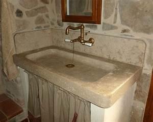 Evier en pierre de Bourgogne Sénanque Le Comptoir des Pierres