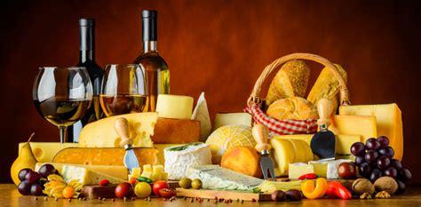 du vin du fromage et du pour un apéritif réussi