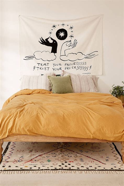 Yellow Bedroom Design Ideas by 10 Yellow Aesthetic Bedroom Decorating Ideas