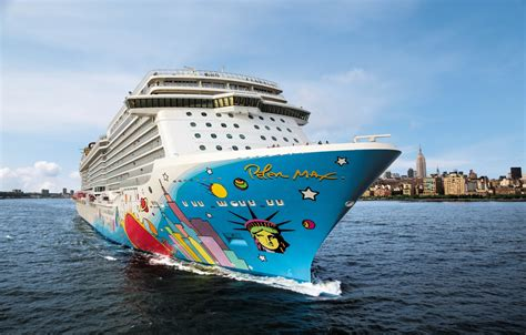 Norwegian Breakaway Awarded U0026#39;Best New Shipu0026#39; In 2013 Cruise Critic Editoru0026#39;s Pick Awards