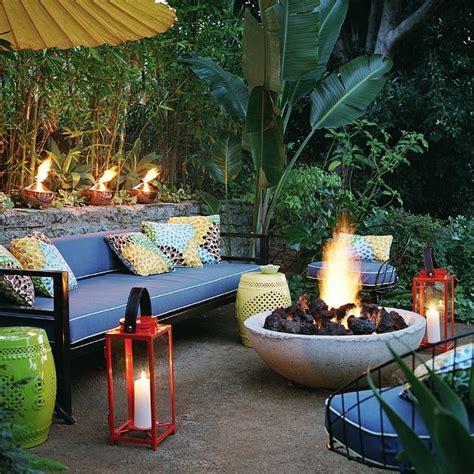 backyard entertaining ideas outdoor entertaining tips from tom delavan popsugar home