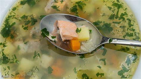 Zivju zupa no laša